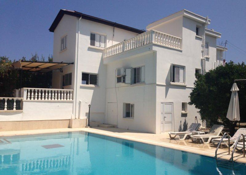Вилла в центре города на Северном Кипре.