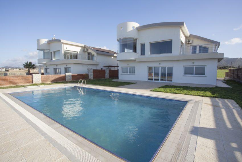 """Виллы """"Sea and Sun Bay Villas"""" с одним из самых красивых видов на Северном Кипре."""
