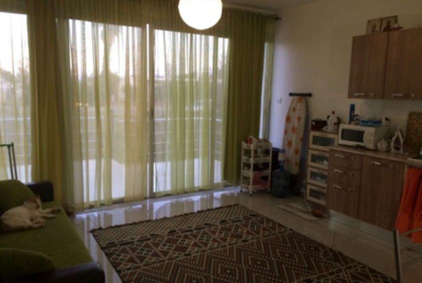 Апартаменты, с очень большими балконами и садами на Северном Кипре.