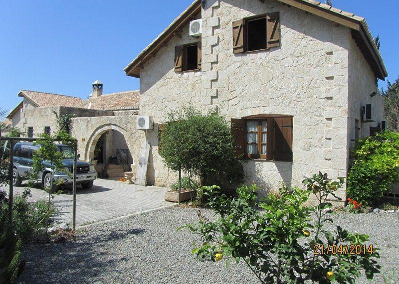 Удивительная вилла с 3 спальнями прекрасном районе Лапта на Северном Кипре.