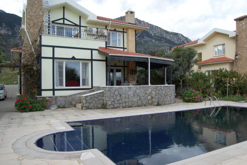 Пространство, стиль и эффективность виллы на Северном Кипре.