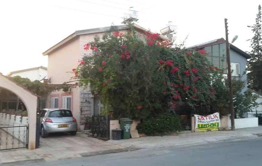 Вилла в районе Тузла в Фамагусте на Северном Кипре.