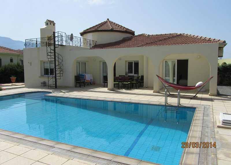 Этот коттедж на Северном Кипре не будет в продаже длительное время и его определенно стоит увидеть