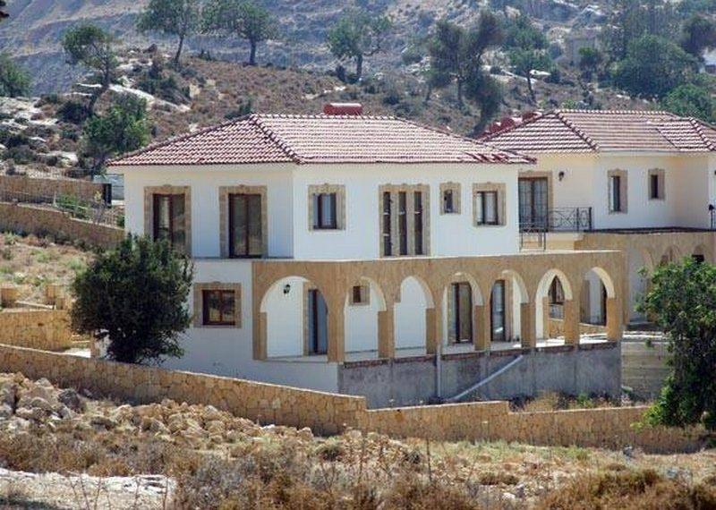 4-х комнатная вилла в Арапкёе на Северном Кипре.