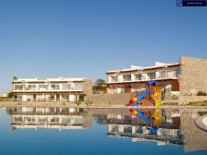 Двухкомнатные апартаменты с садом на Северном Кипре.