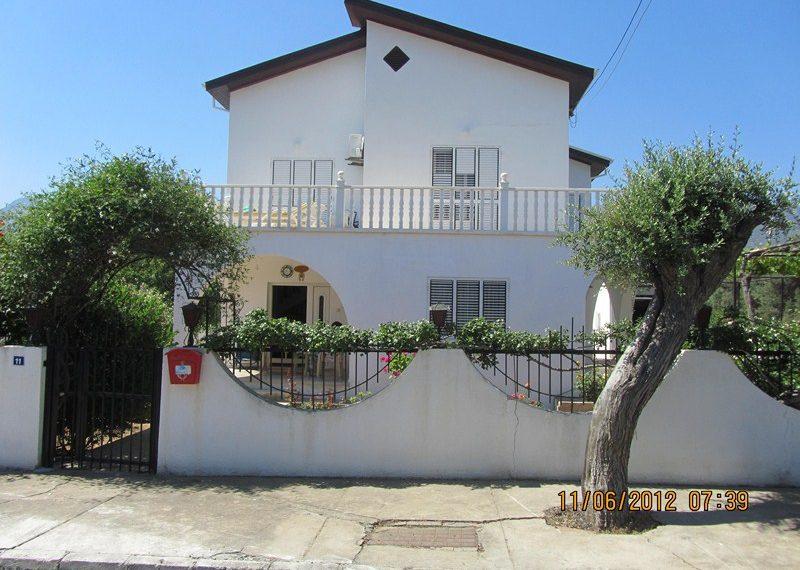 Огромная кипрская вилла на Северном Кипре.