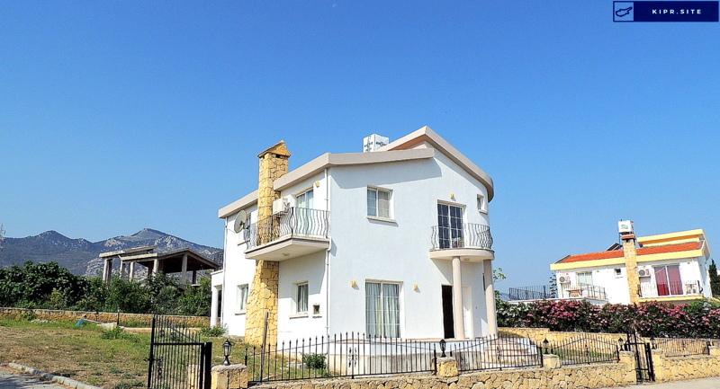 Просторная вилла с 3 спальнями в районе Чаталкой на Северном Кипре.