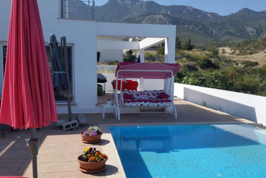 Вилла в Чатолкёе с прекрасным видом на Северном Кипре.