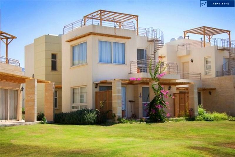 Пентхаус с двумя спальнями в Turtle Bay Village на Северном Кипре.