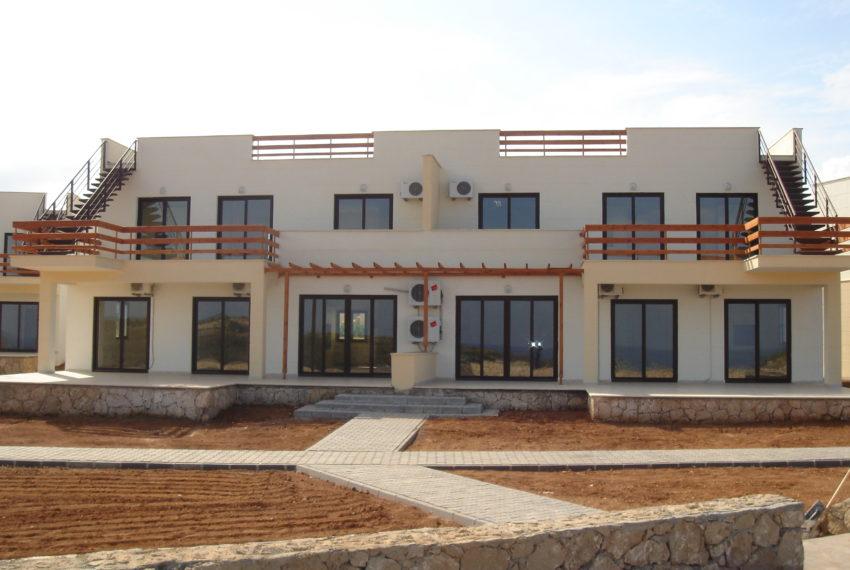 Пентхаус с 3 спальнями и террасой наверху на Северном Кипре.