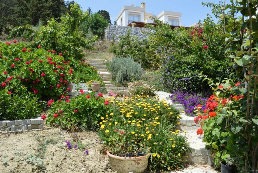 Комфортабельная вилла с тремя спальными на Северном Кипре.