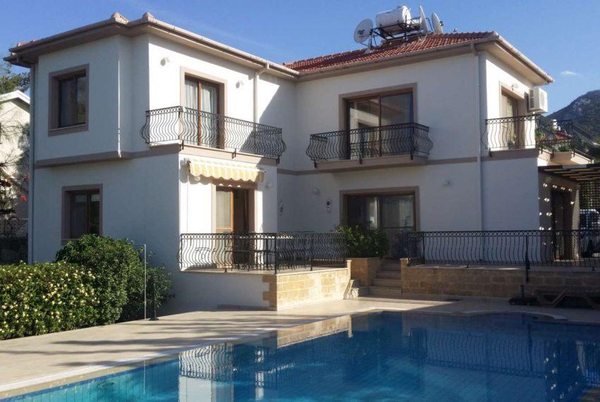 Дом с тремя большими спальни в Чаталкёе на Северном Кипре!