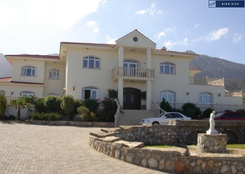Роскошная резиденция на 7 комнат на Северном Кипре